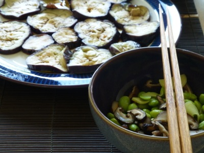 Murakami meal #1: aubergines with ponzu, soy beans and brown rice
