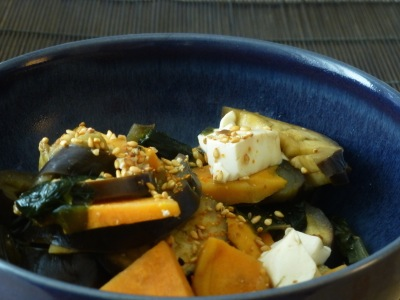 Aubergines, sweet potatoes, tofu and wakame with rice