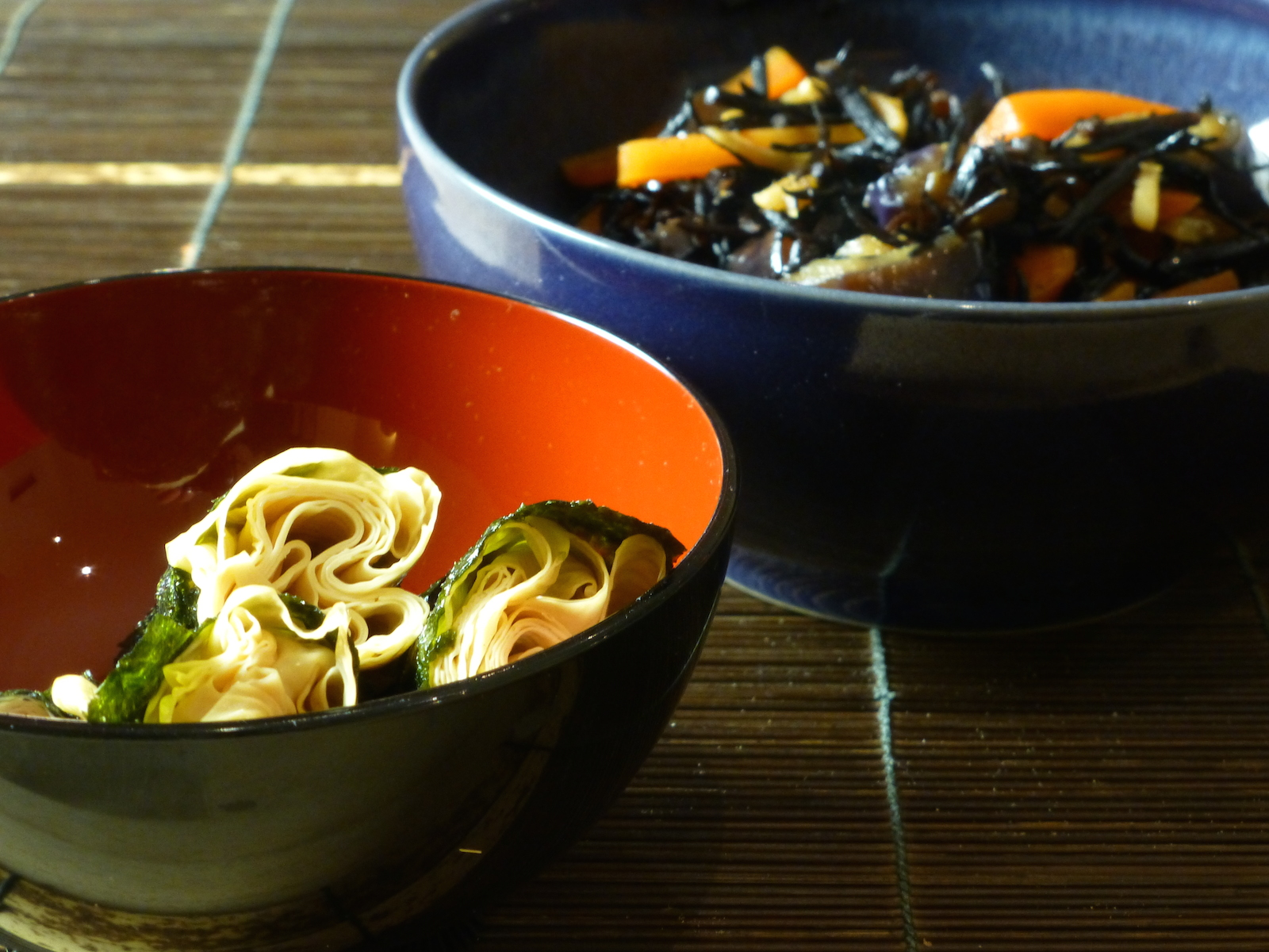 Tofu skin rolls and stewed hijiki seaweed with aubergines